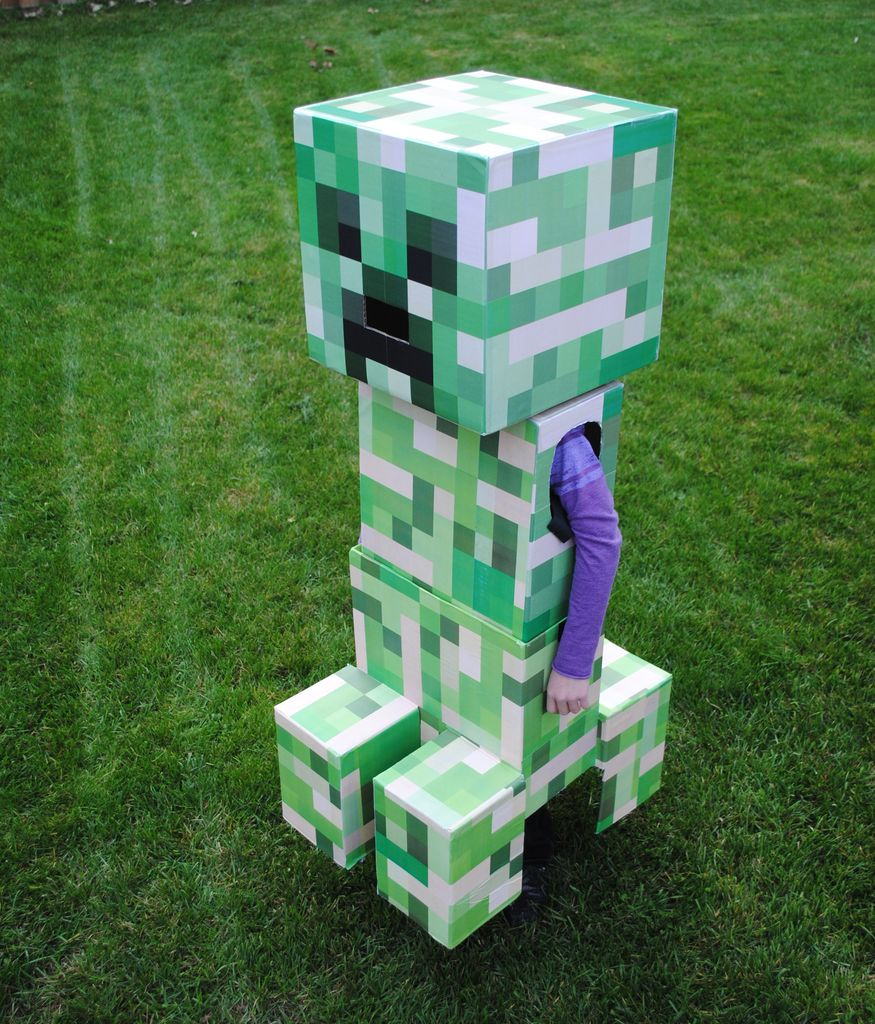2nd annual best halloween costumes mmdvg - Minecraft creeper and steve ...